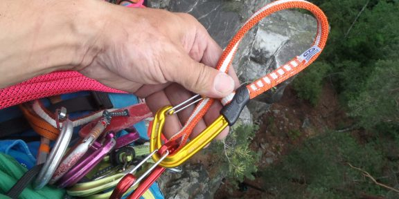Recenze: Expreska Climbing Technology Fly-Weight Evo Long Set – lehce a dlouze