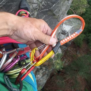 Climbing Technology Fly-Weight Evo Long Set v akci na skalách.