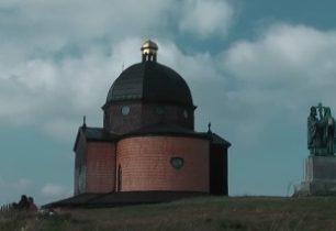 Vrchol Radhošť v Moravskoslezských Beskydech