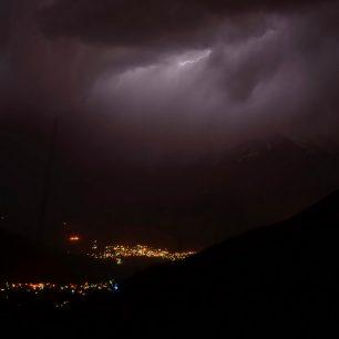 Blesk nad Damávandem, Írán