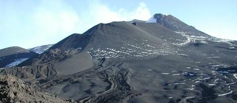 Etna – okruh kolem Etny a cesta mezi krátery